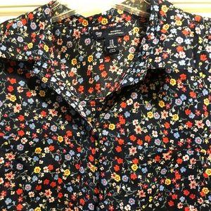 Women's Gap Floral button top